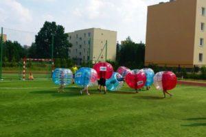 Wynajem Bubble Football Warszawa - lato w mieście w jednej ze szkół w Warszawie